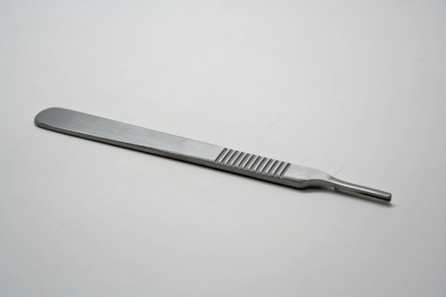 Scalpel Handle With Standard Grip Size 3, Each