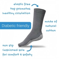 GRIPPERZ NON SLIP SOCKS MEDIUM, PAIR